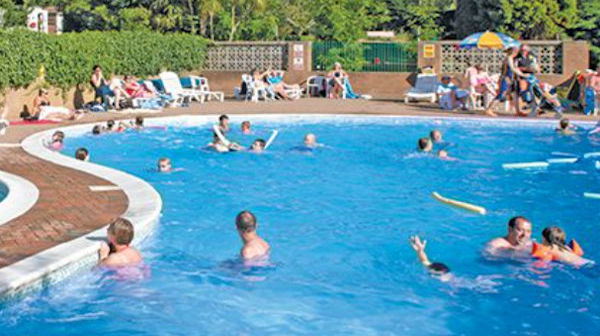 Landguard holiday park park resorts isle of wight english caravan holiday parks for Isle of wight campsites with swimming pool